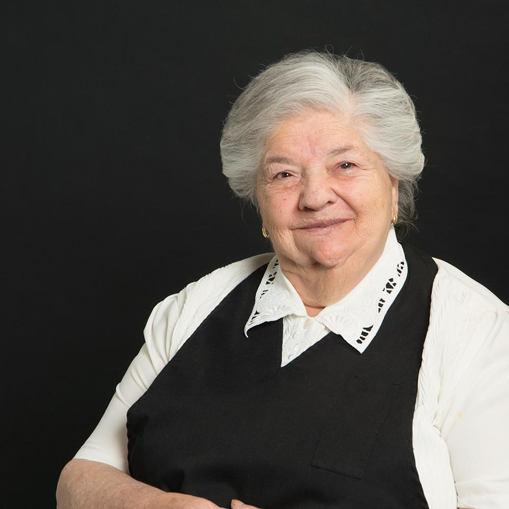 web-066-abuela